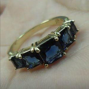 Princess cut lab sapphire set in 14k gold fill
